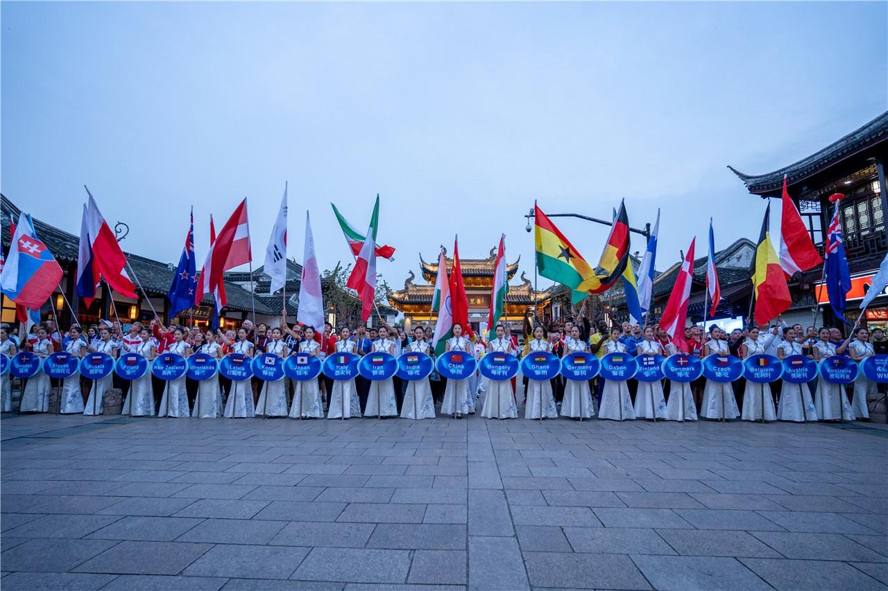 亚搏娱乐国际活动|第十六届迷你高球世界锦标赛在亚搏娱乐国际开幕